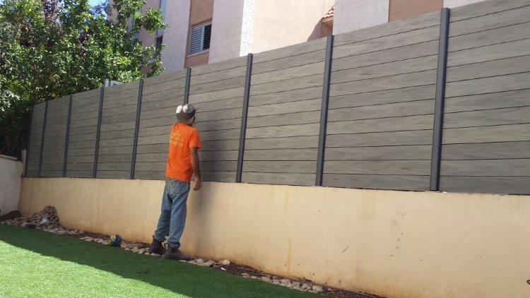 התקנת גדר מדק סינטטי - גדר ומדרגות