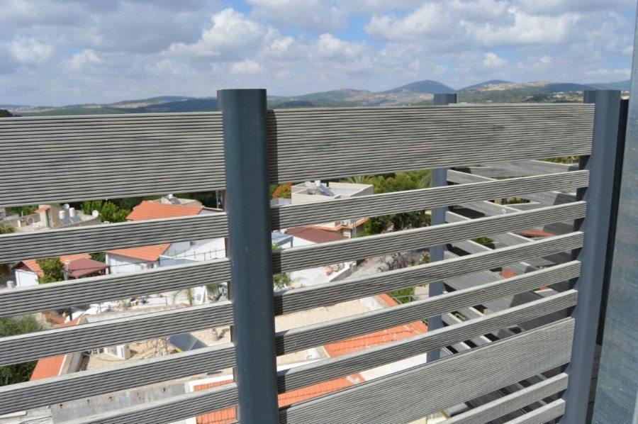 גדר מדק סינטטי מעוצבת עשויה דק למרפסת