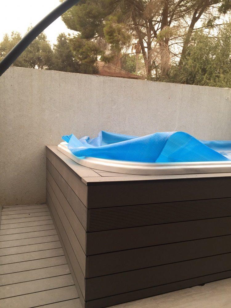 חיפוי דק לבריכה בתל אביב
